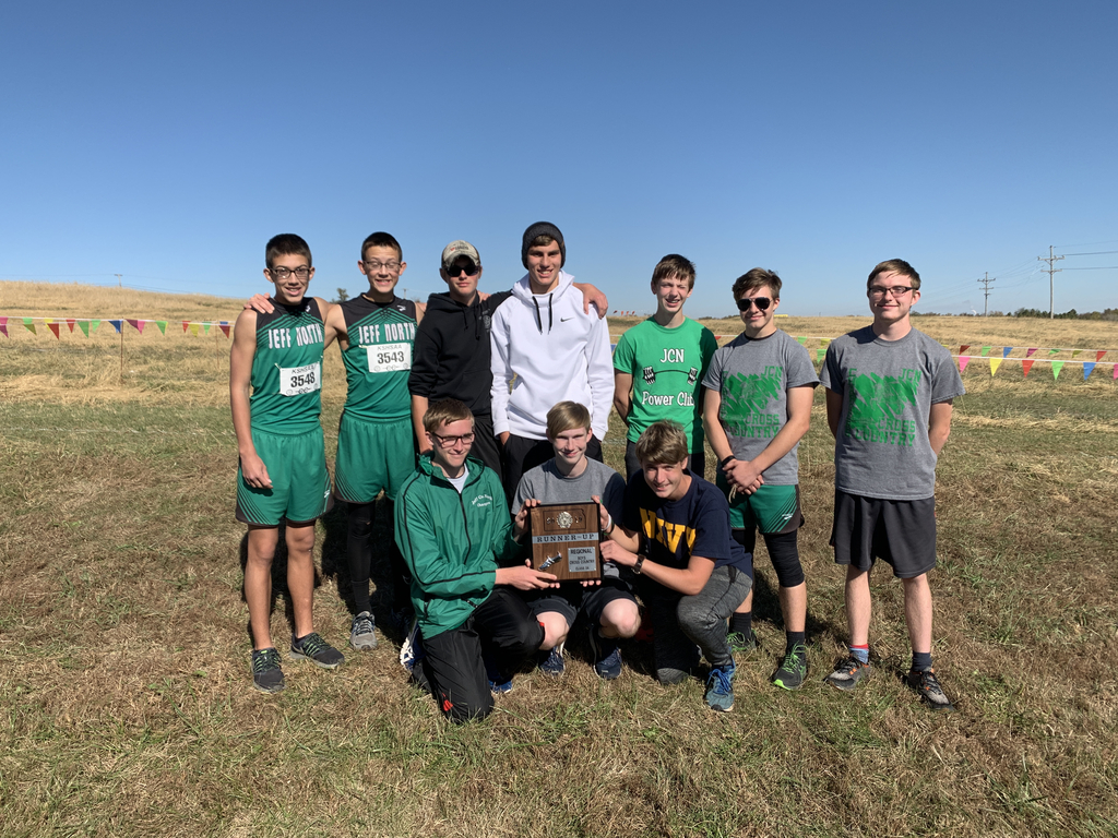 The boys team took Regional Runner-Up and qualified for state.