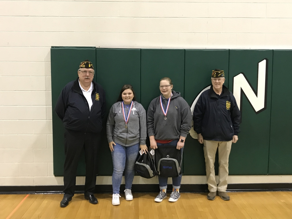 Student winners with VFW presenters