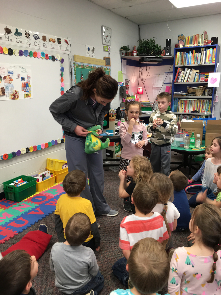 On Friday, Mrs. Noll gave kindergarten a fun and informative dental presentation.